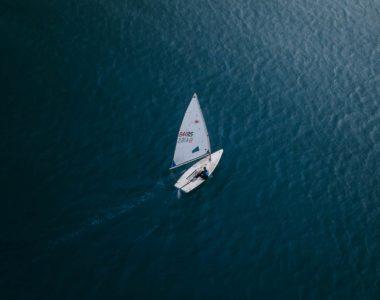 Sauver les océans : une histoire de marins, de bateaux et de lois